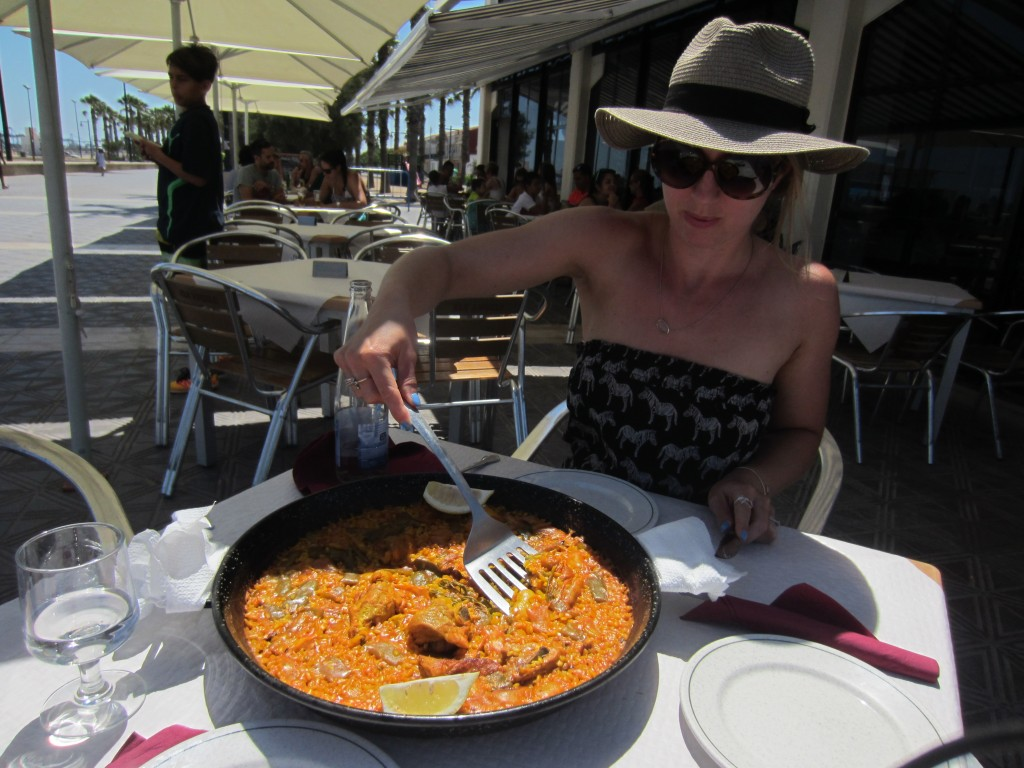 paella valencia spain