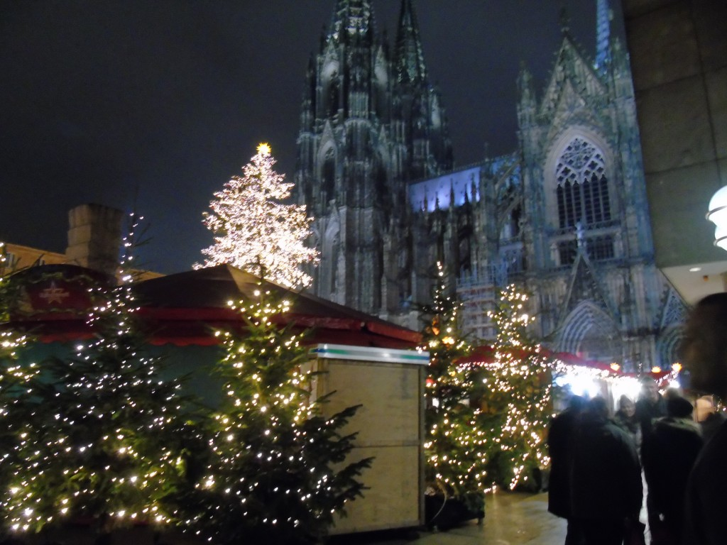 cologne christmas markets cathedral