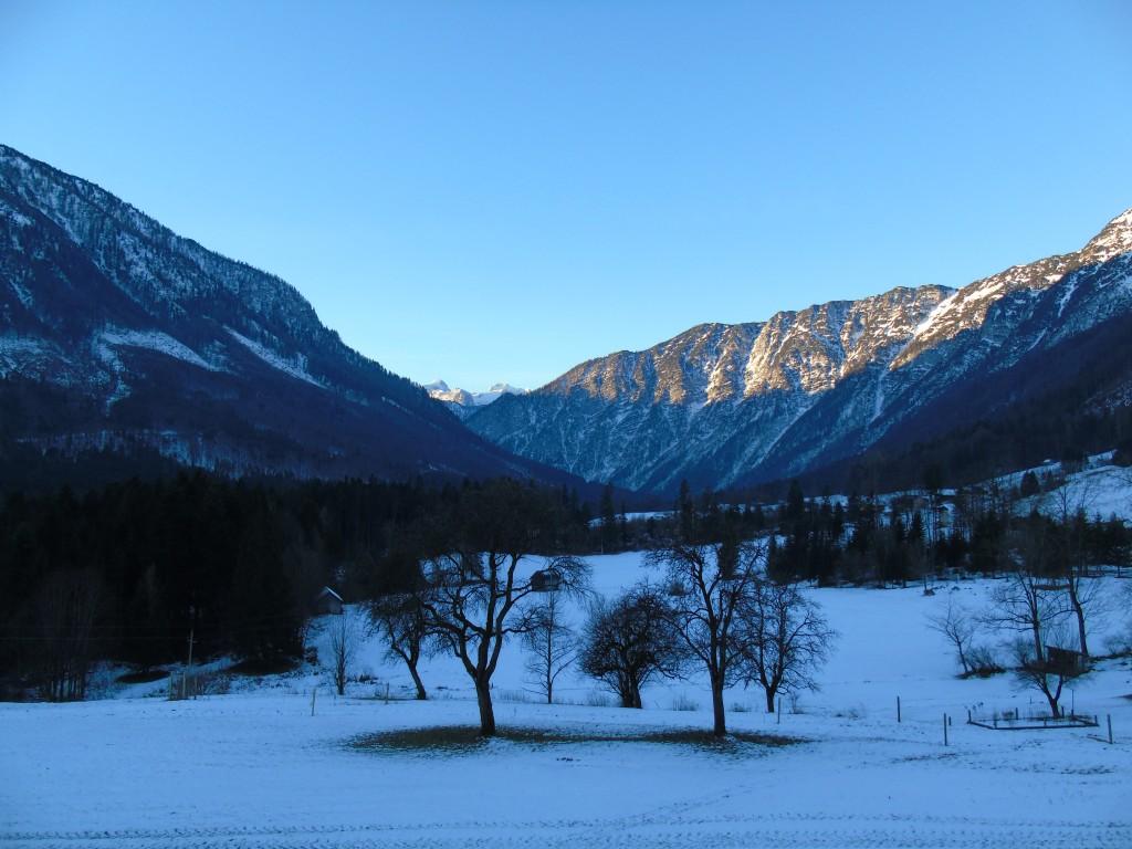austria mountains snow christmas apartment