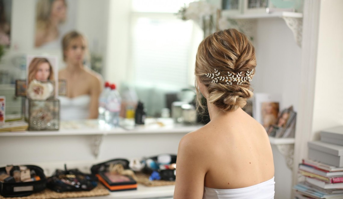 kelly spence hair piece updo