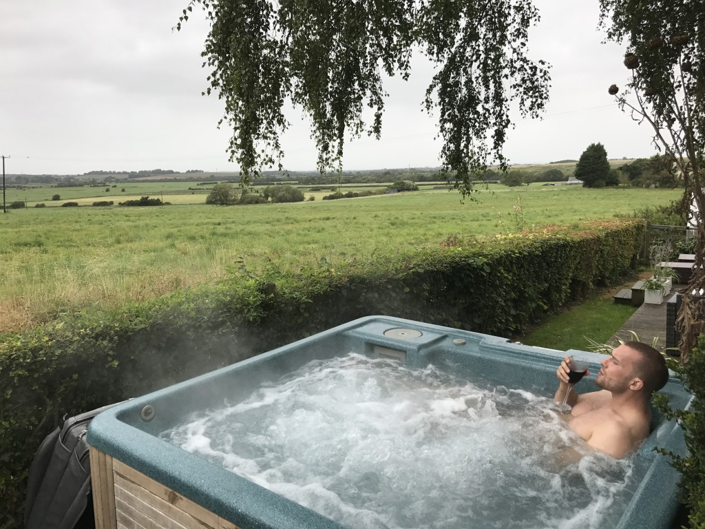 hot tub west sussex countryside near steyning