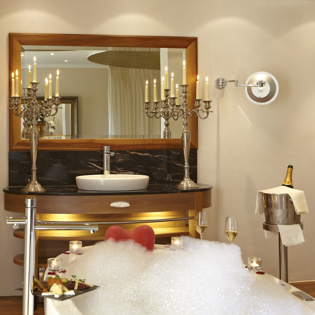 hotel des balances lucerne romantic suite whirlpool bath