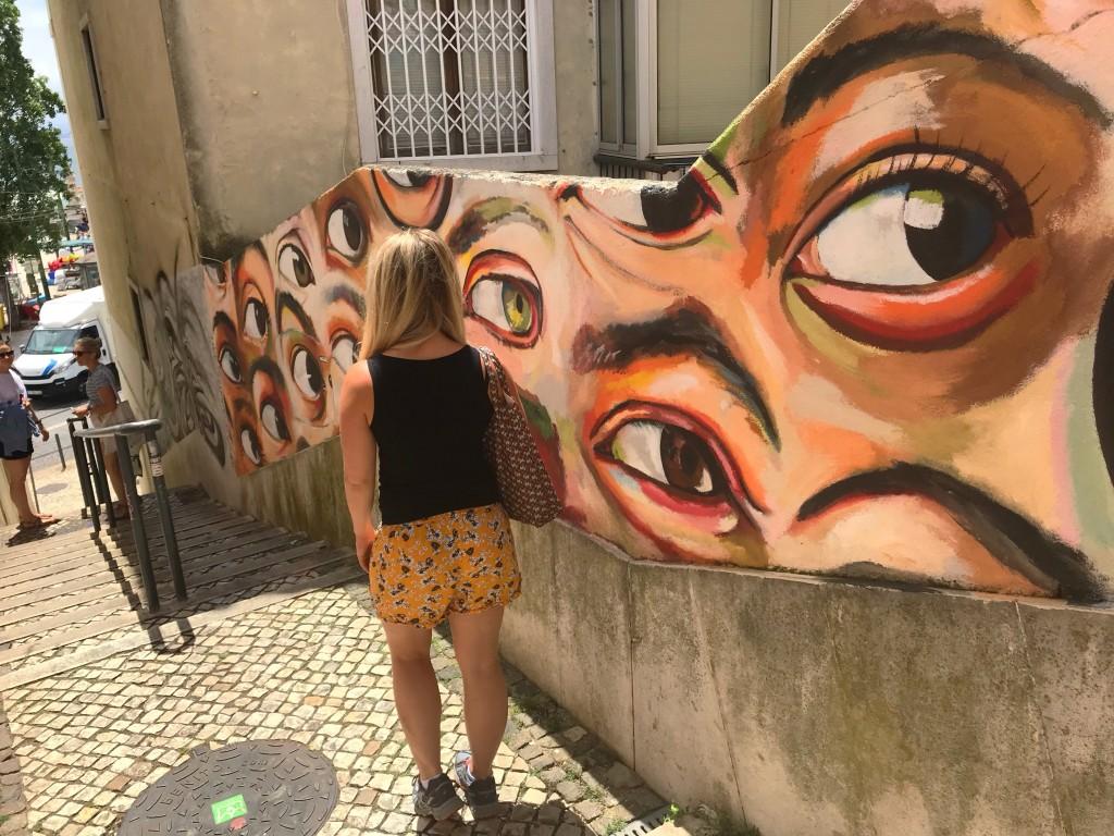 lisbon cool street art