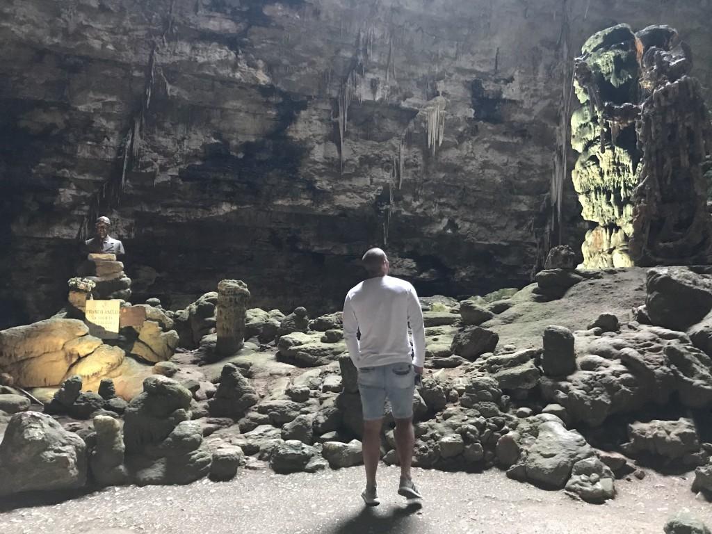 caves puglia italy