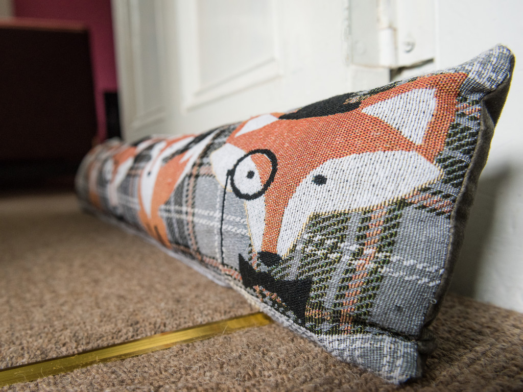 laigh-of-cloichfoldich-strathtay-perthshire-living-room-doorstop