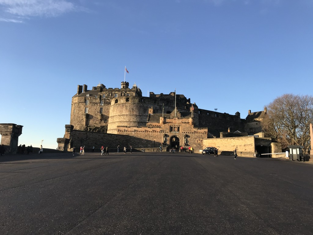 edinburgh castle in the sunshine