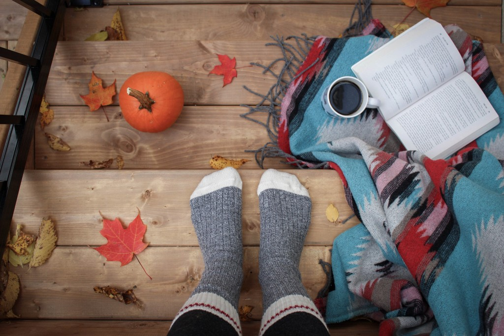make your home feel cosy autumn tips
